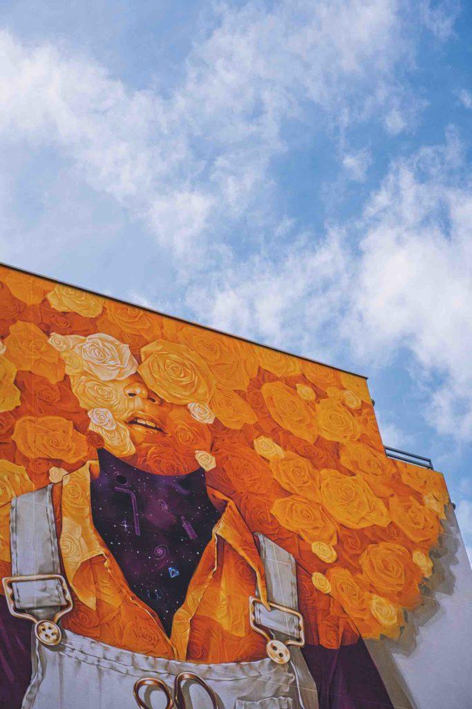 street-art-halles-debourg-susiewaroude-10-inti-pour-peinture-fraiche